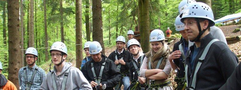Teambuilding-Ausflug in den Hochseilgarten