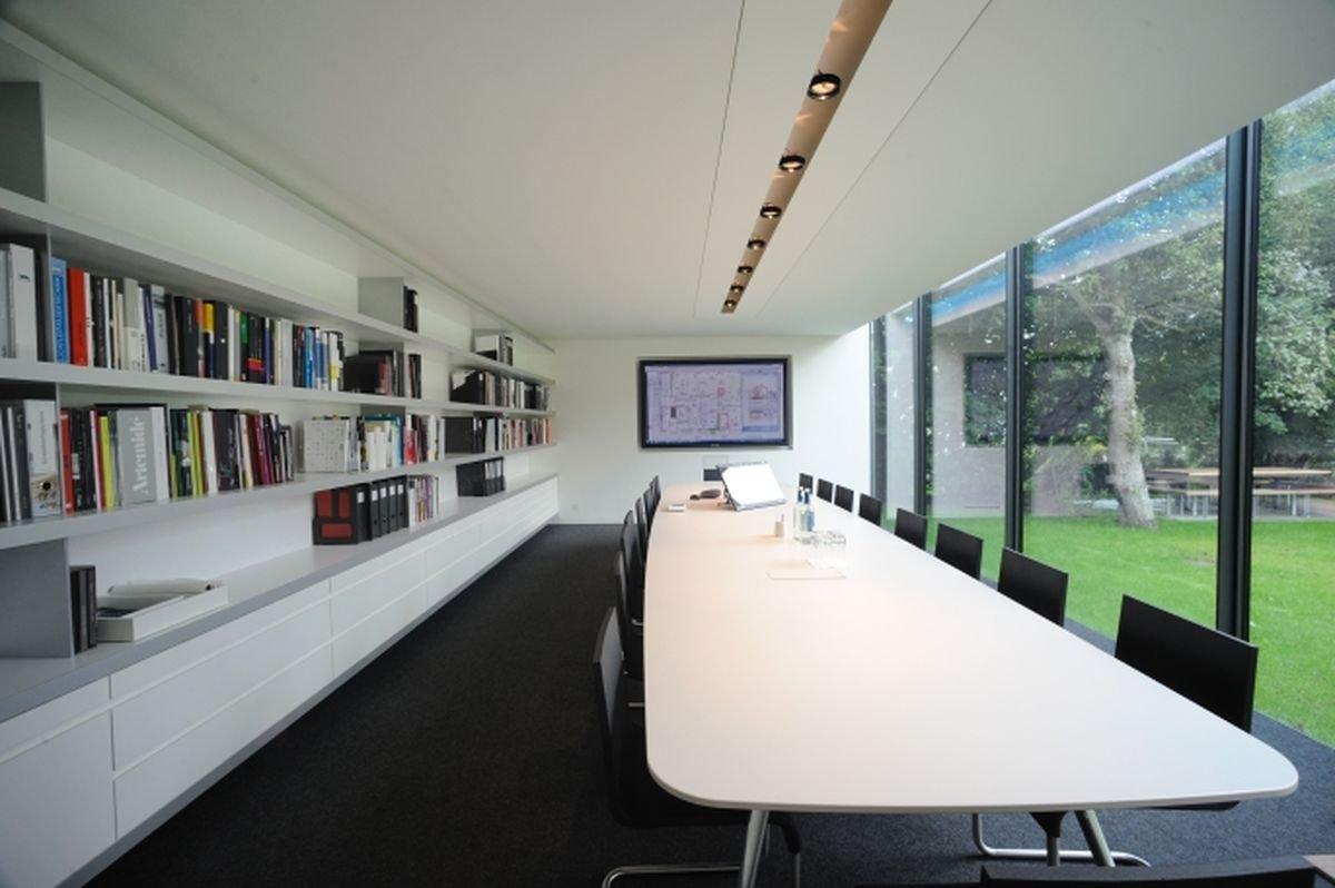 modernste netzwerk und medientechnik. Black Bedroom Furniture Sets. Home Design Ideas